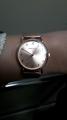 Женские часы на миланском ремешке