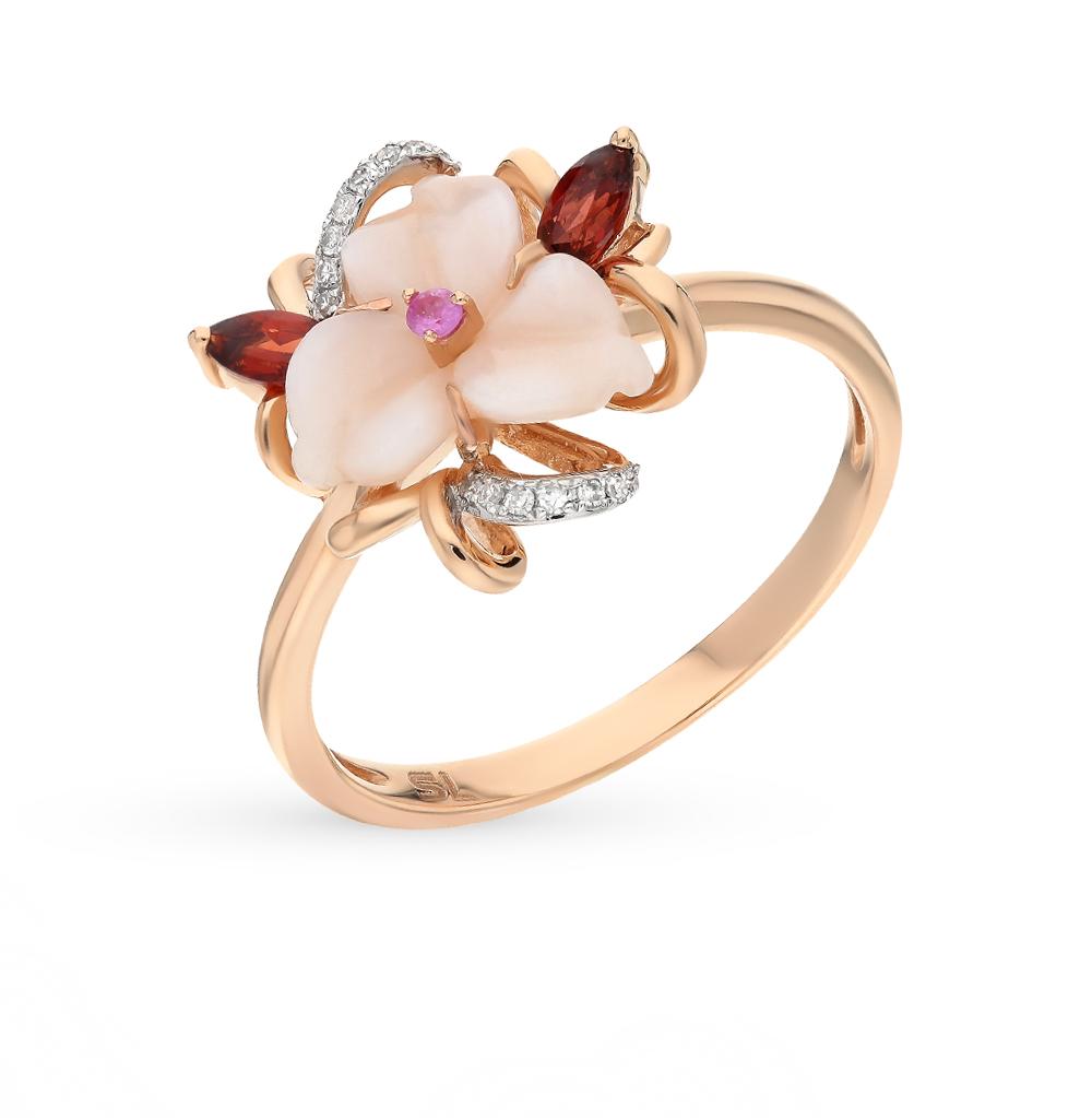 золотое кольцо с гранатом, перламутром и бриллиантами