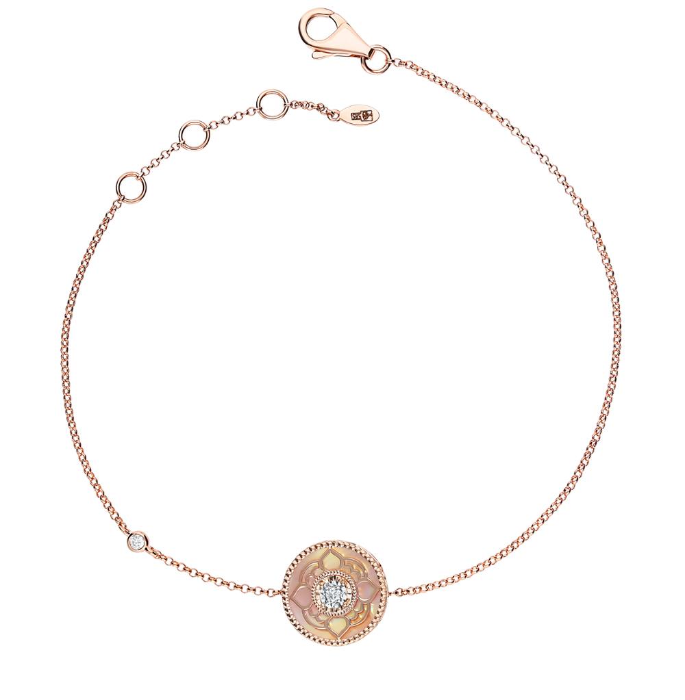 золотой браслет с перламутром и бриллиантами