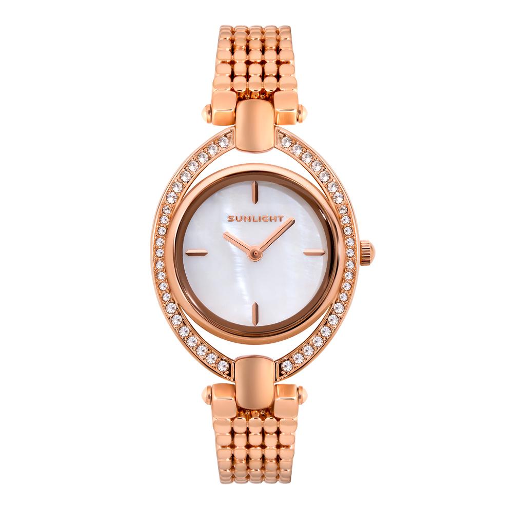 Фото «Женские часы на металлическом браслете»