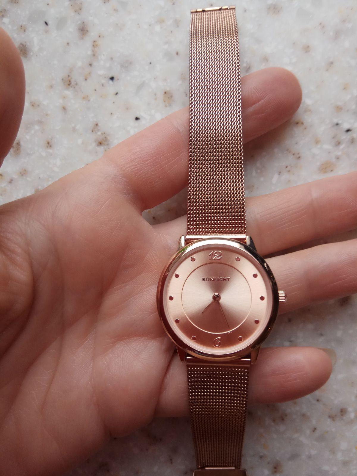 Часики, механика, на каждый день, любителям точного времени.
