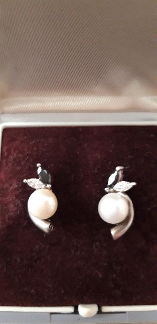 Серебряные серьги с фианитом и жемчугом
