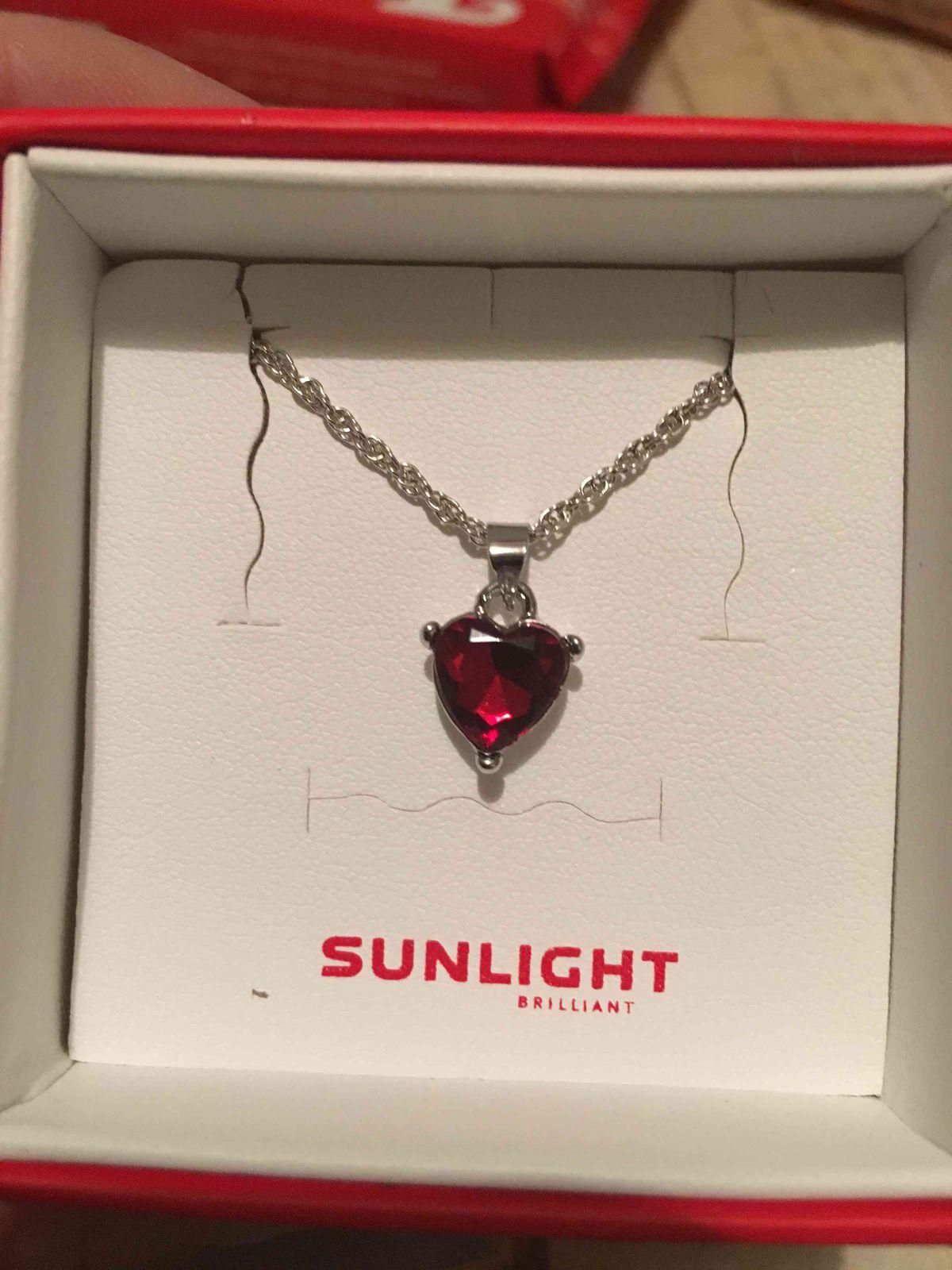 Подарок сюрприз)))