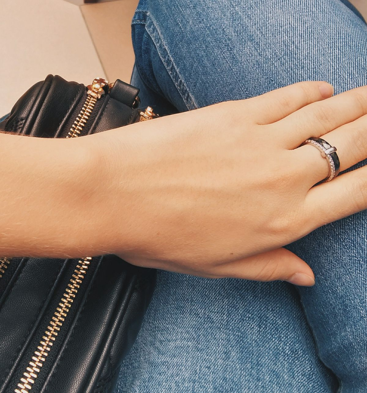 Кольцо в подарок