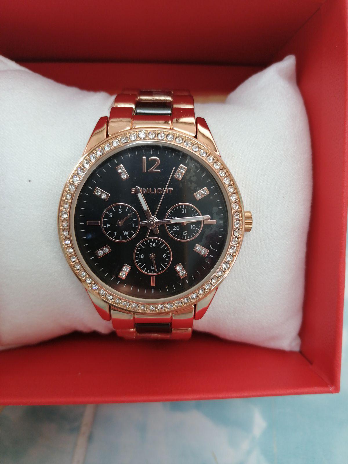 Лучшие часы, очень красивые и изящные. Подойдут любой даме, рекомендую всем