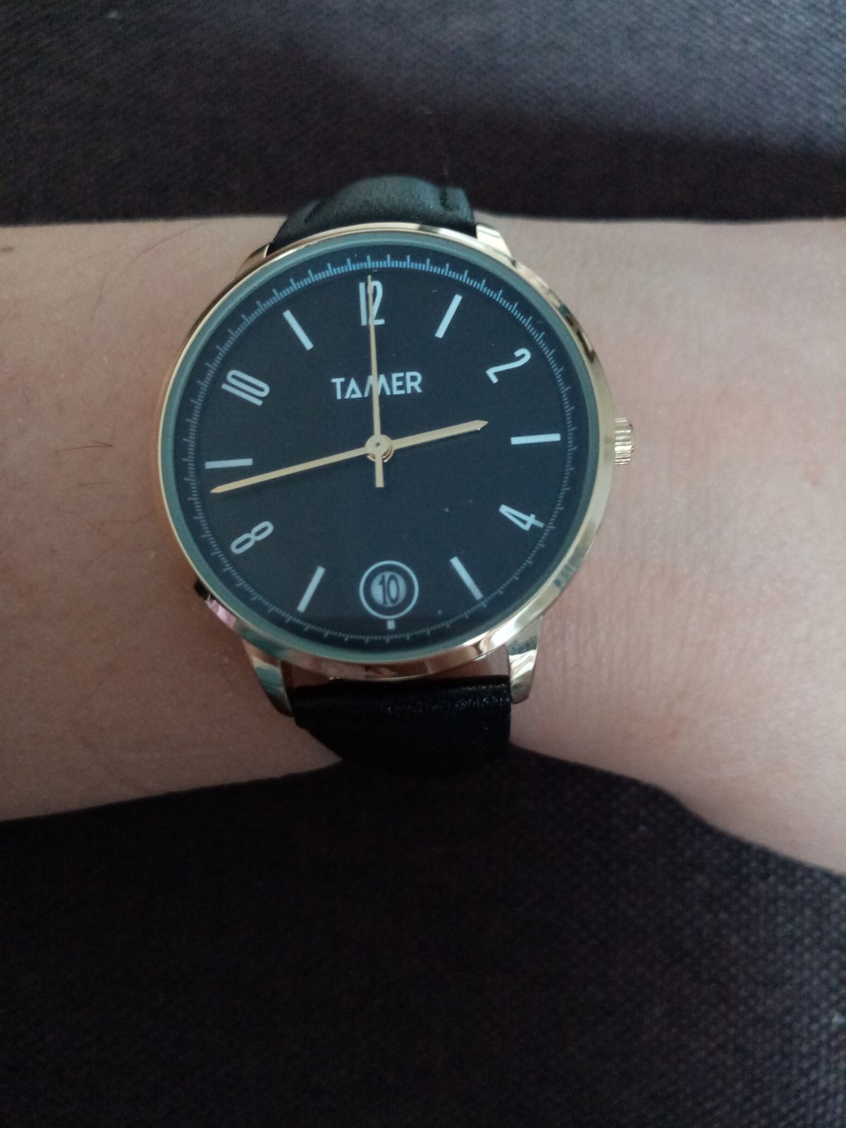 Классные, чёрные часы