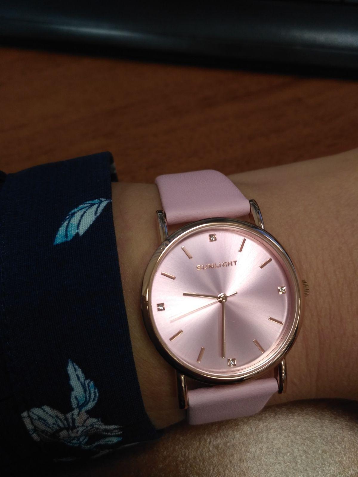 Очень нежные часы