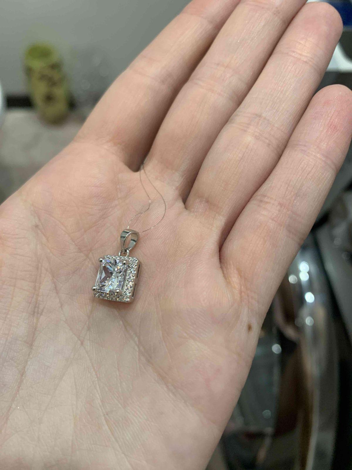 Серебрянная подвеска с фианитами