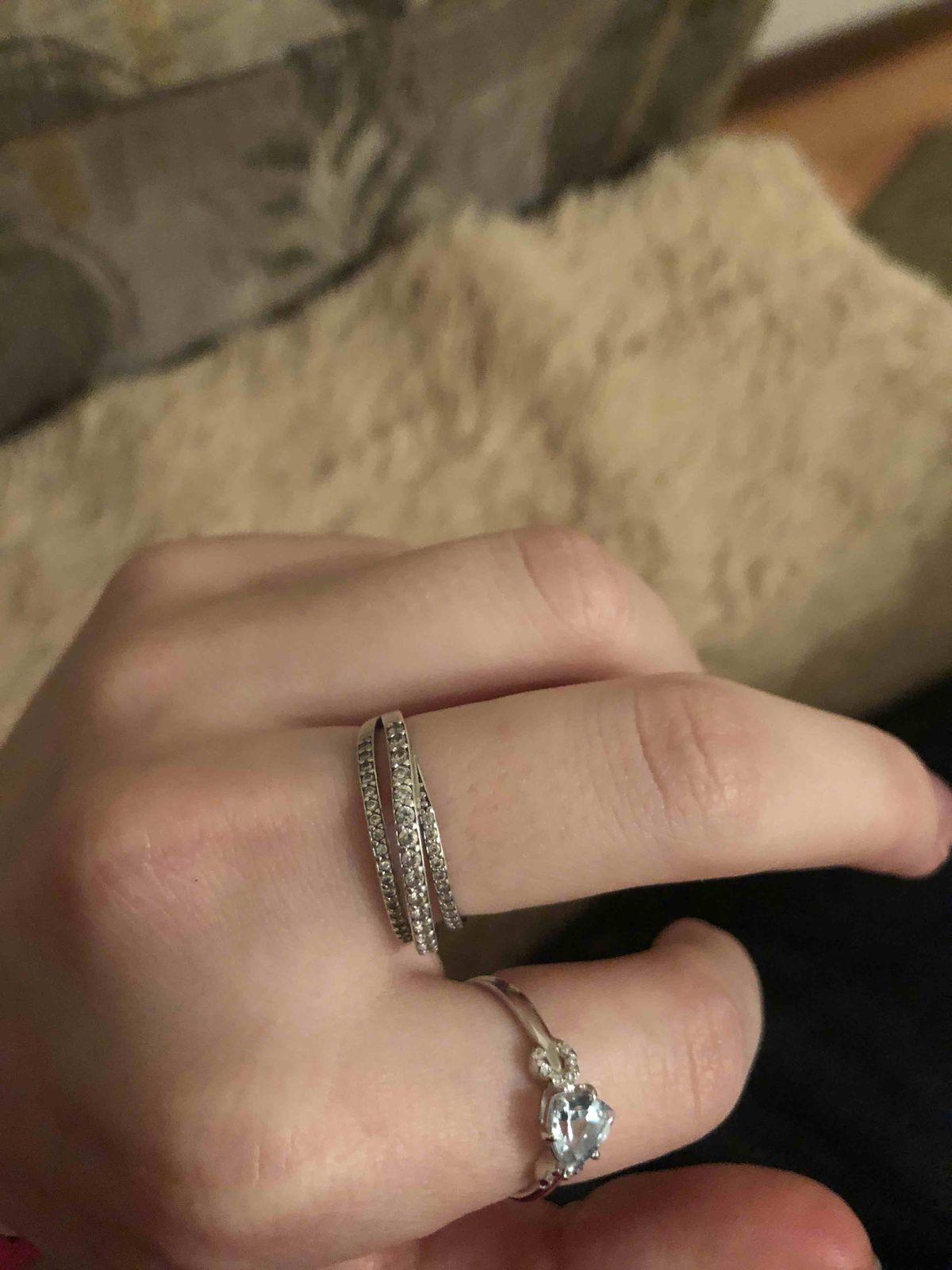 СеребрНое кольцо с фианитами