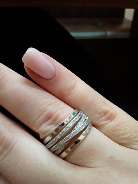 Красивое кольцо, удобное в носке