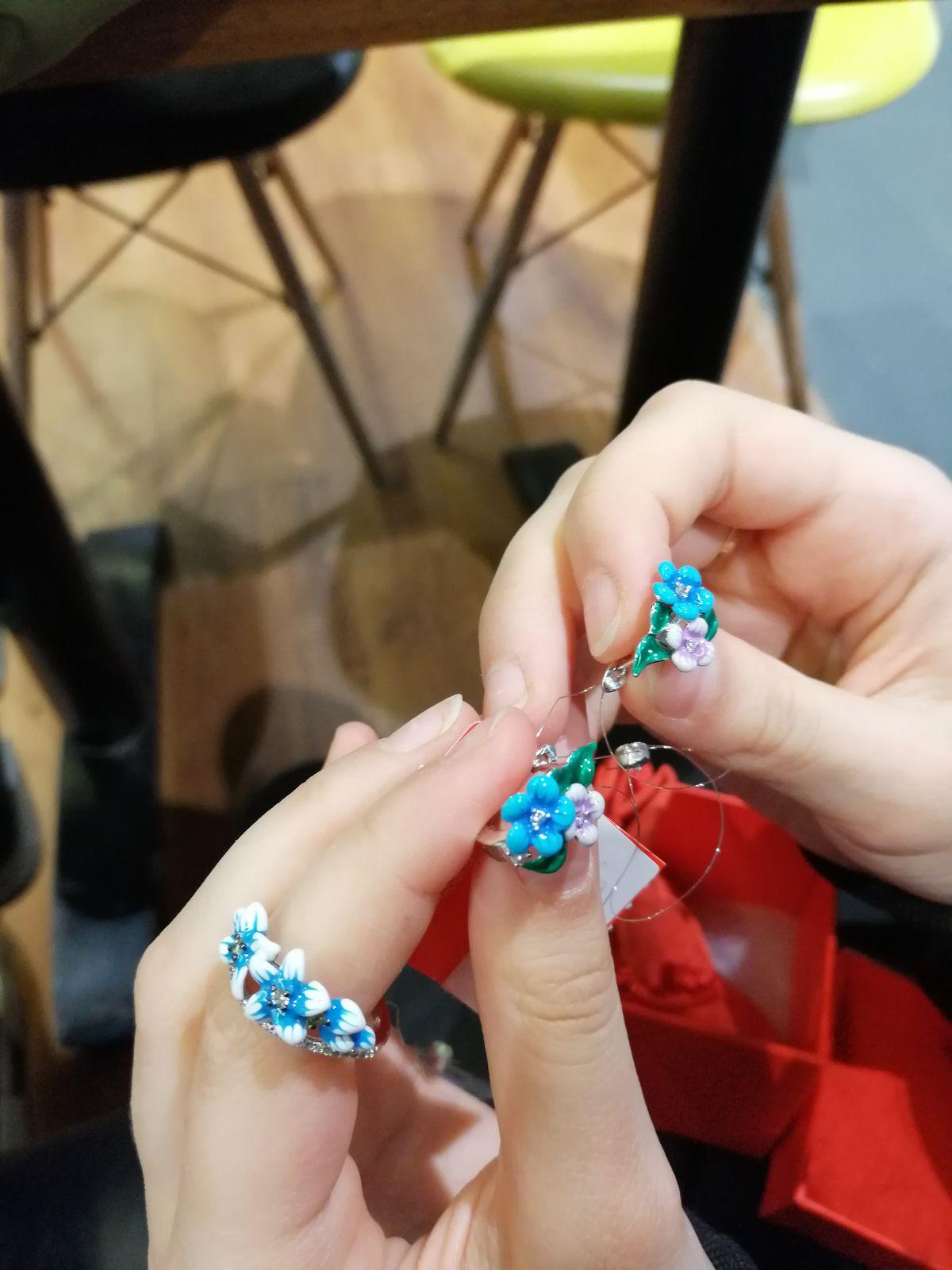 Серьги из серебра с эмалевым покрытием
