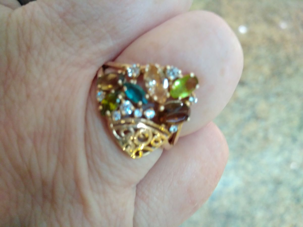 Красивое кольцо микс фианиты