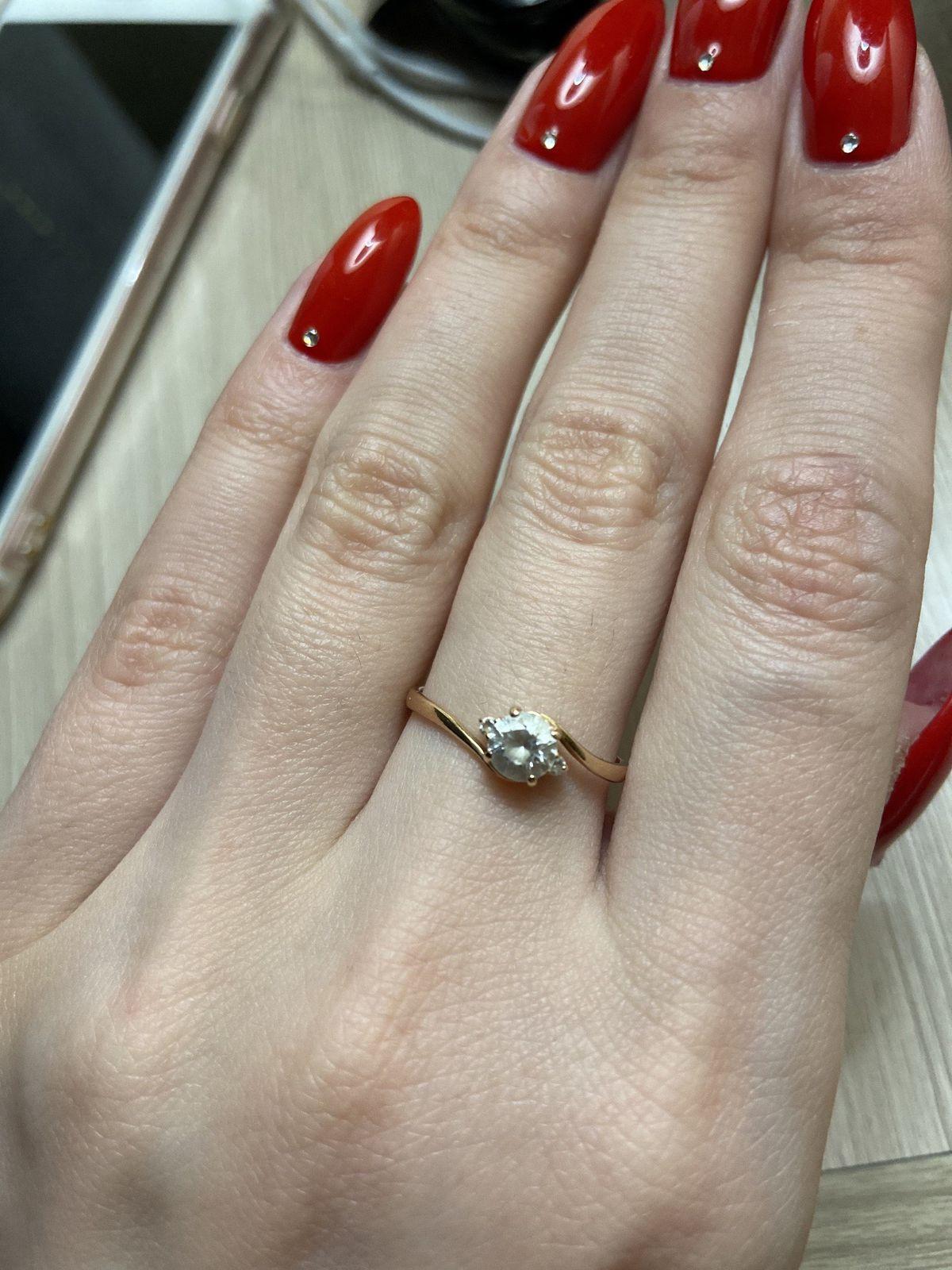 Ношу уже пятый год и каждый день! кольцо отличное!