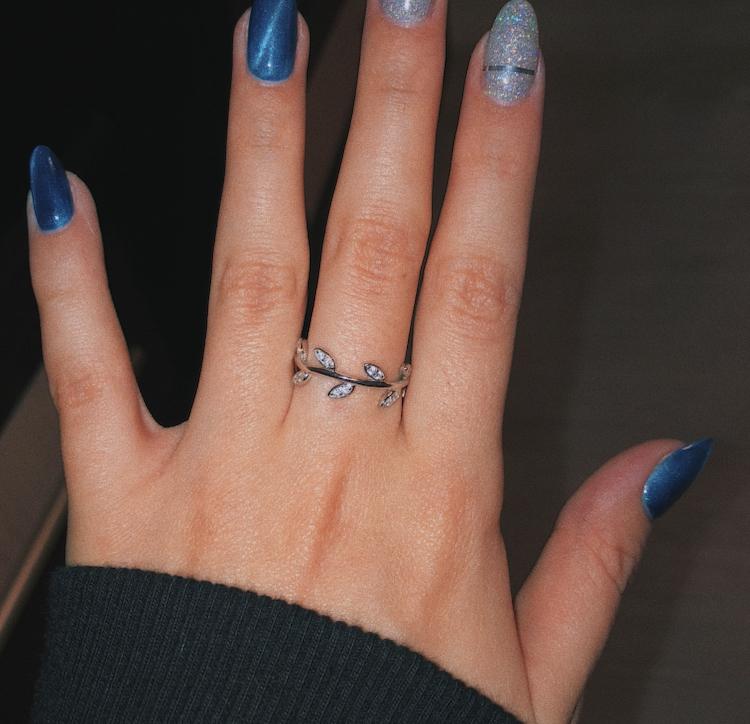 Очень красивое,удобное и качественное кольцо!