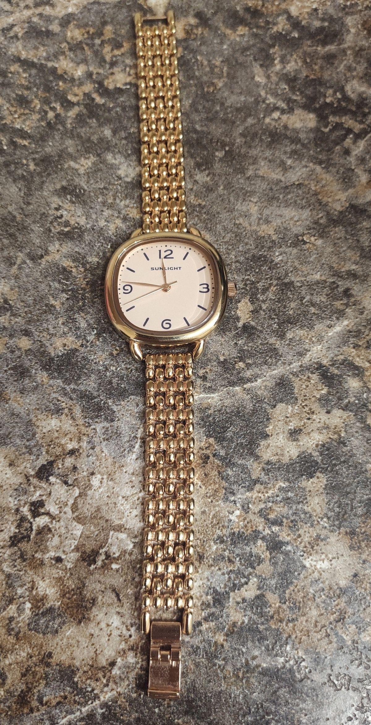 Отличные часы за такую стоимость!