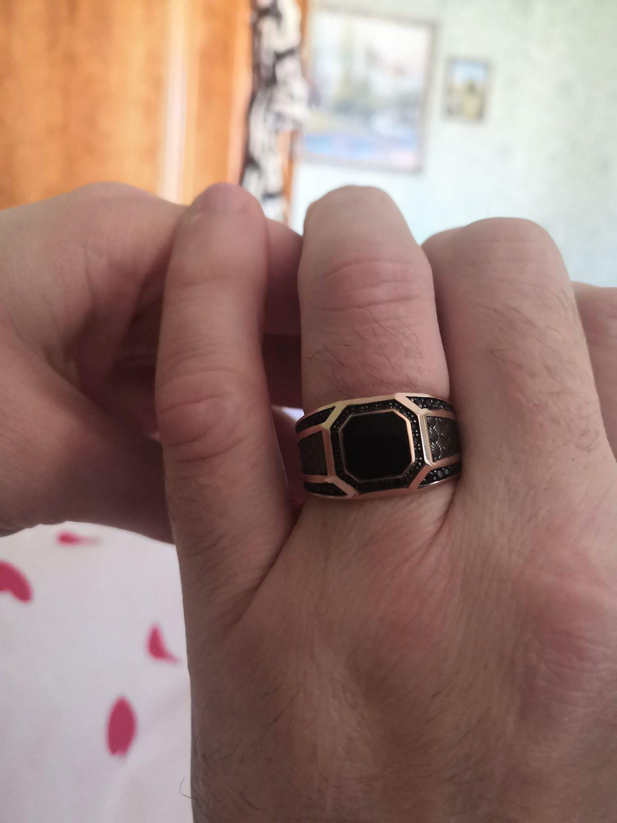 Не выдали коробочку для кольца за которую в чеке взяли деньги