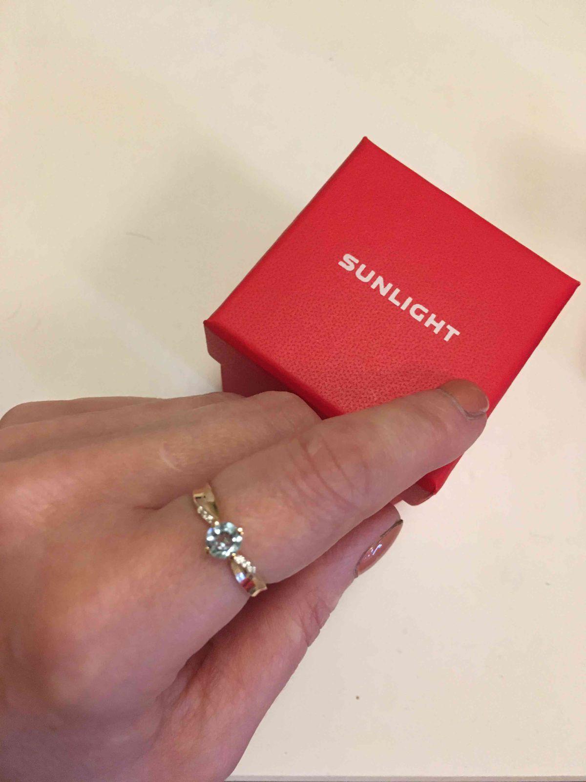 Золотое кольцо с топазами арт.75946👍