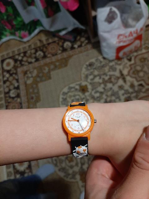 Часы хорошие, ребёнок доволен.