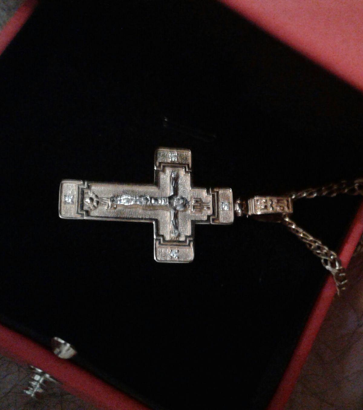 Золотая подвеска крест с 4 бриллиантами