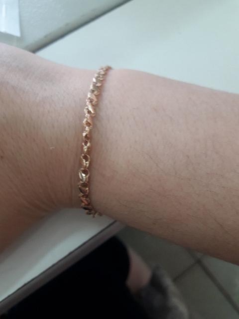 Золотой  браслет всем советую мне очень понравилось классная и красивая 👍!
