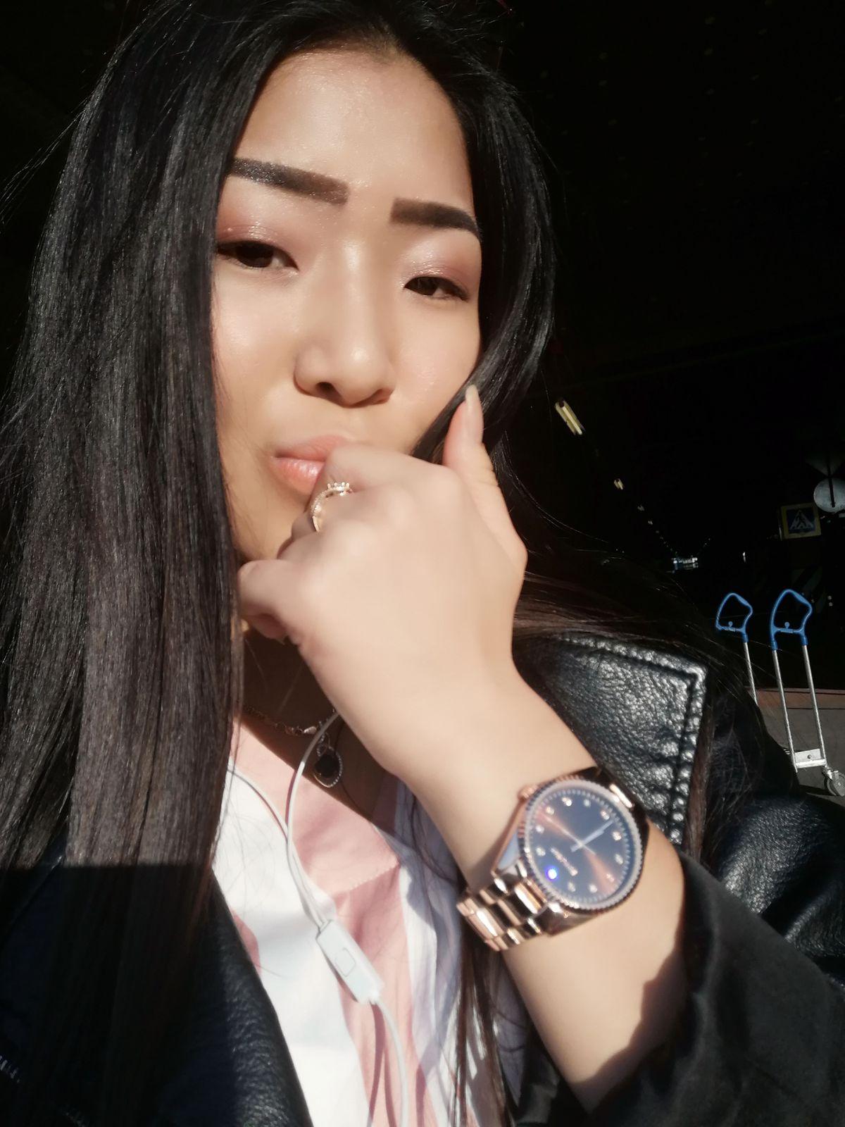 Купила часы в санлайте по очень хорошим и доступным ценам