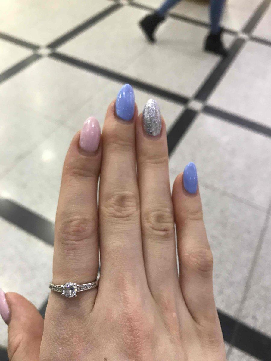 Отличное кольцо в подарок для любой девушки или женщины, подойдет для любой