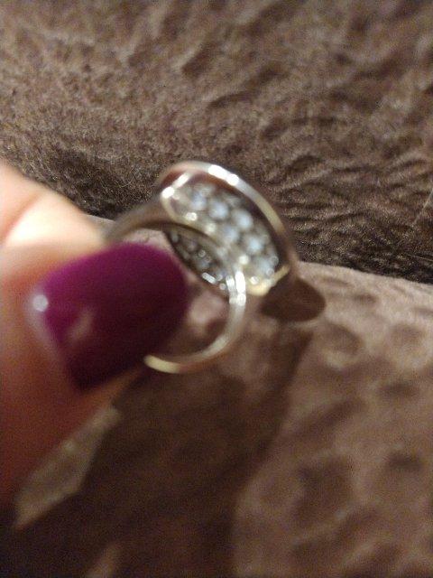 Шикарное кольцо с перламутром.