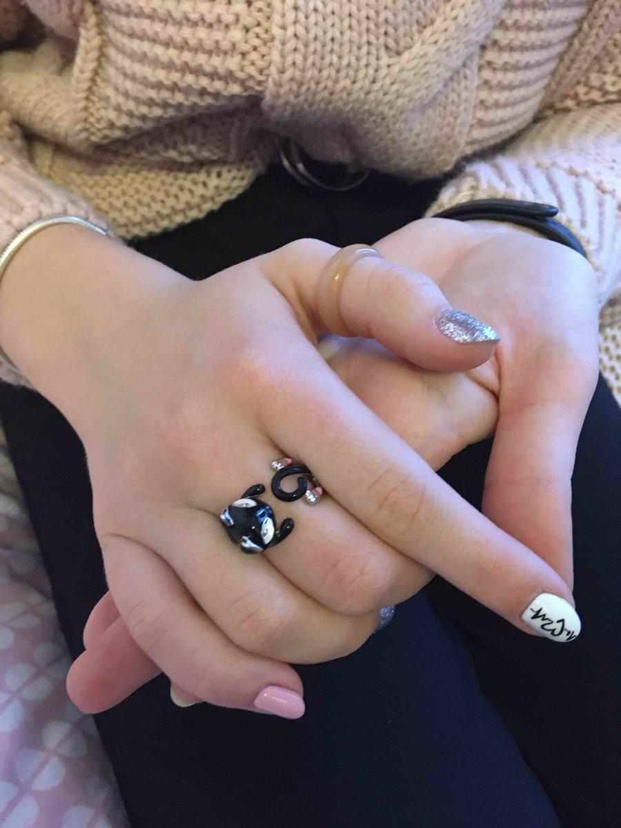 Серебрянное колечко киска, эмаль и фианиты, масса 4,57 ,17 размер, Sokolov!