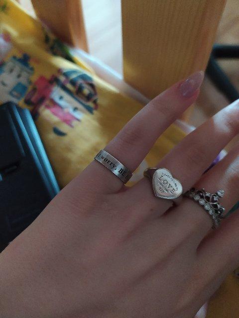 Очень красивое кольцо, но быстро темнеет