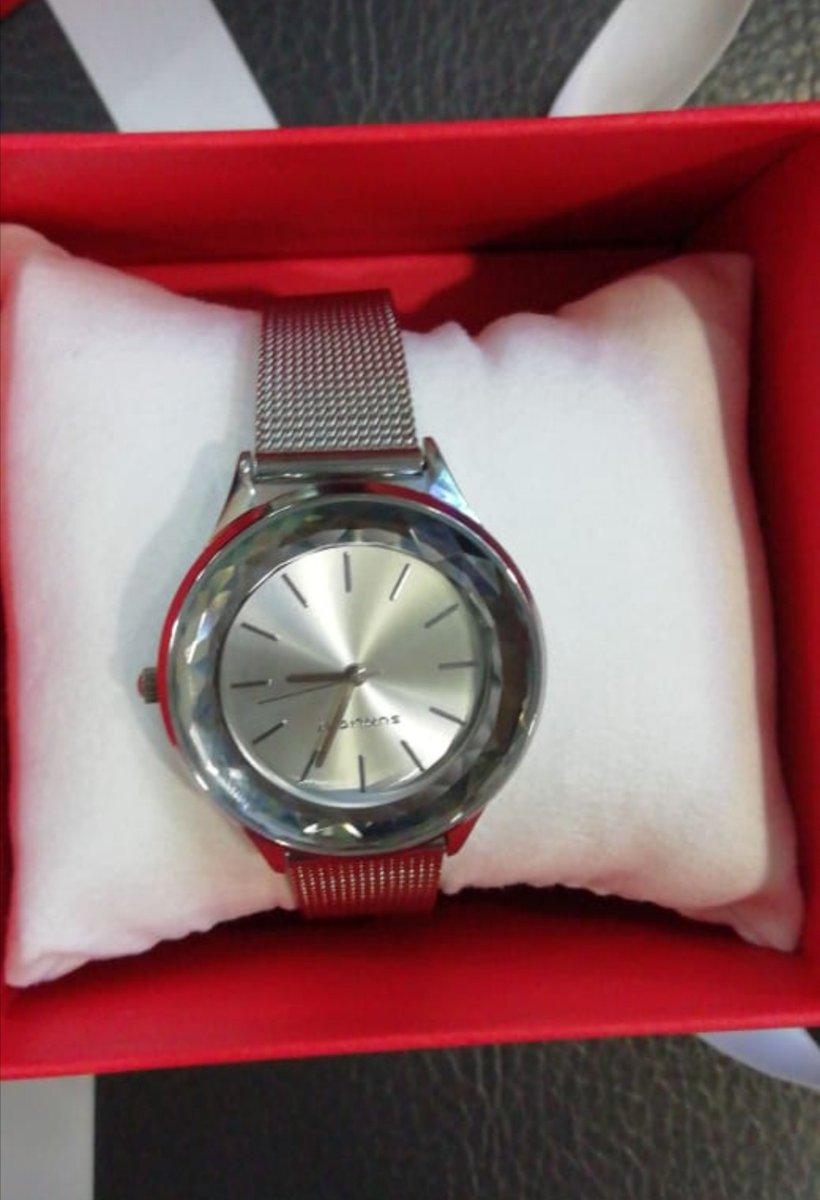 Очень хорошие часы)