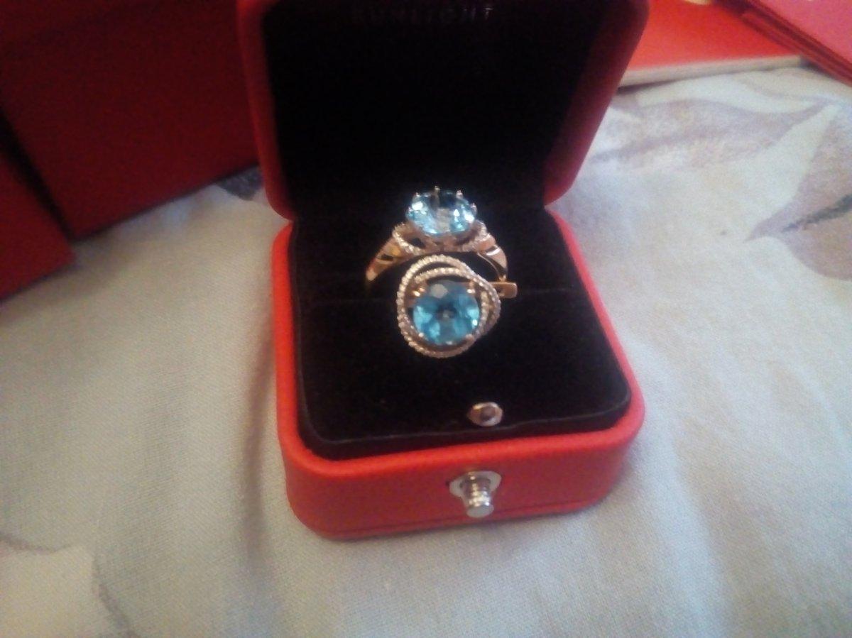 Заказывала кольцо к серьгам.