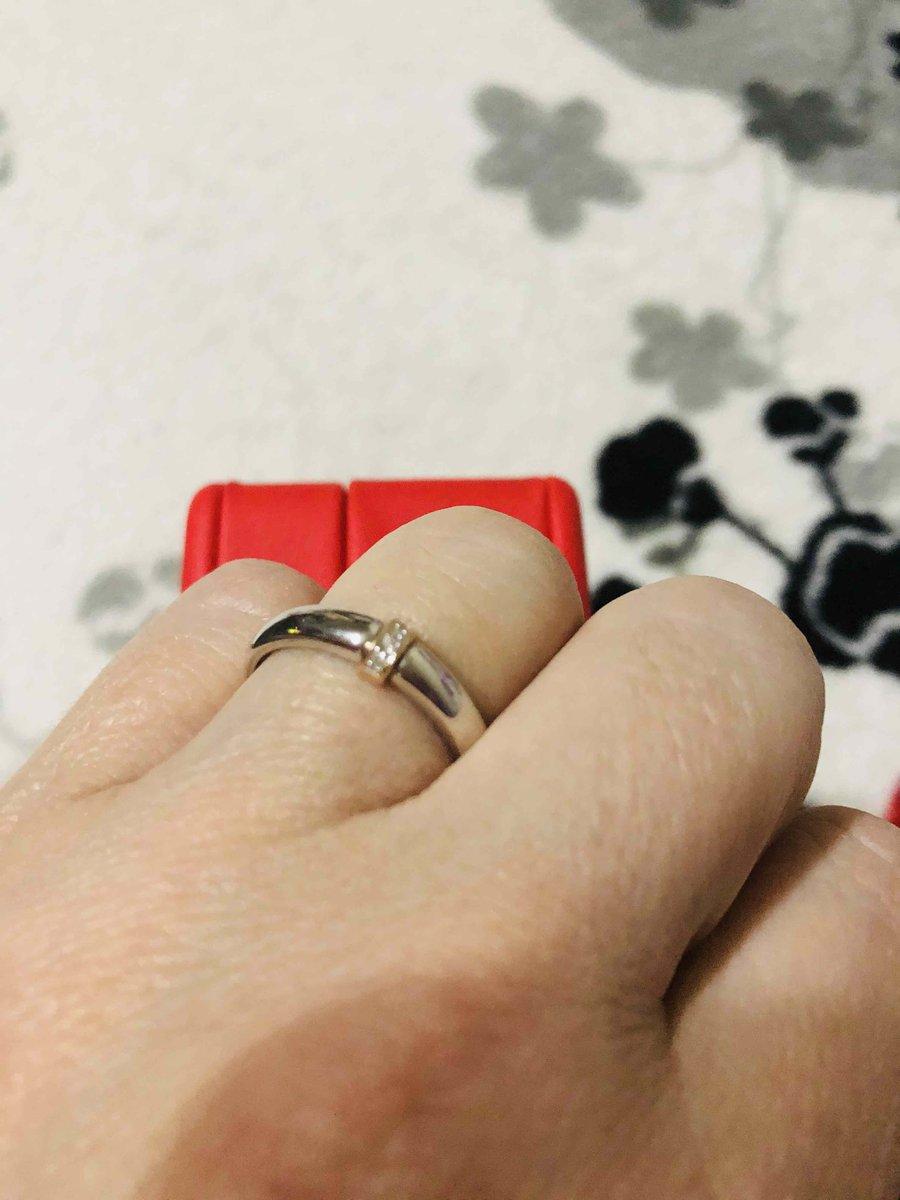 Кольцо с белым золотом и тремя брильянтами