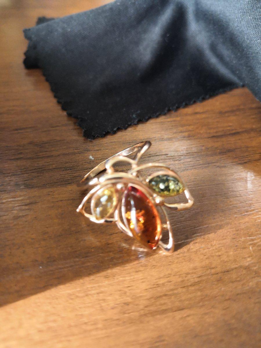 Перстень красивый
