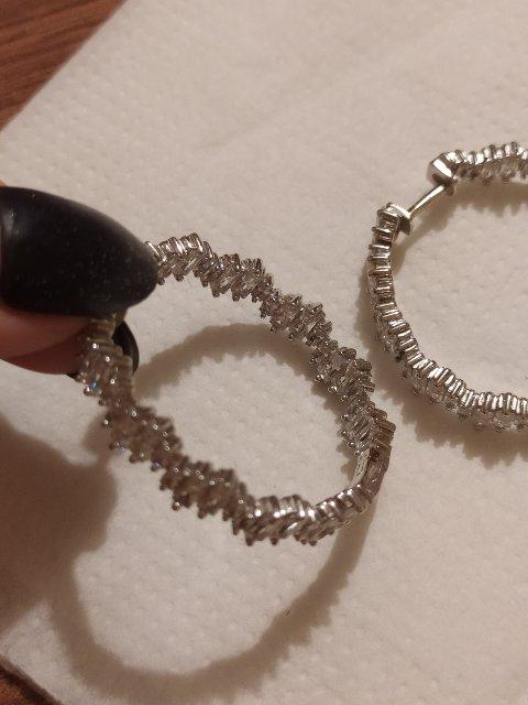 Серебряные сережки с фианитом