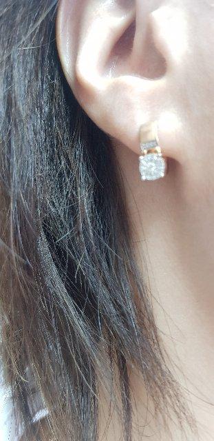 Прекрасные серьги,бриллианты сверкают очень красиво!!!