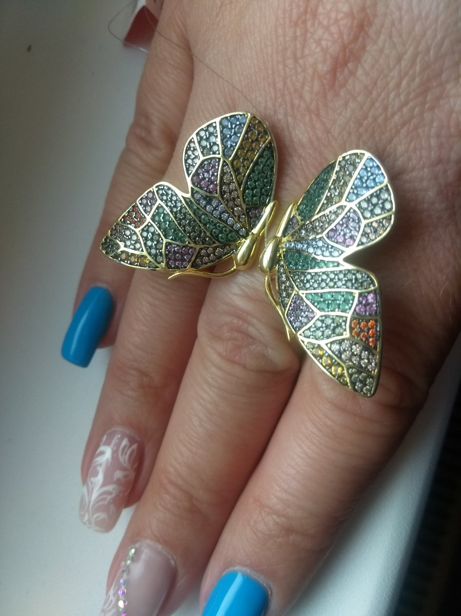 Шикарная бабочка!