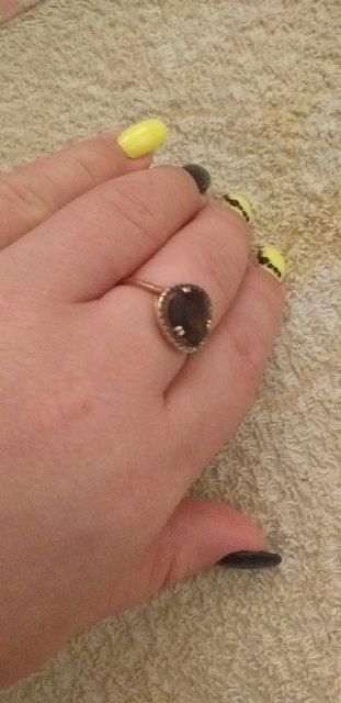 Замечательное кольцо, очень яркое!!! Отличное качество. Отлично смотрится!!