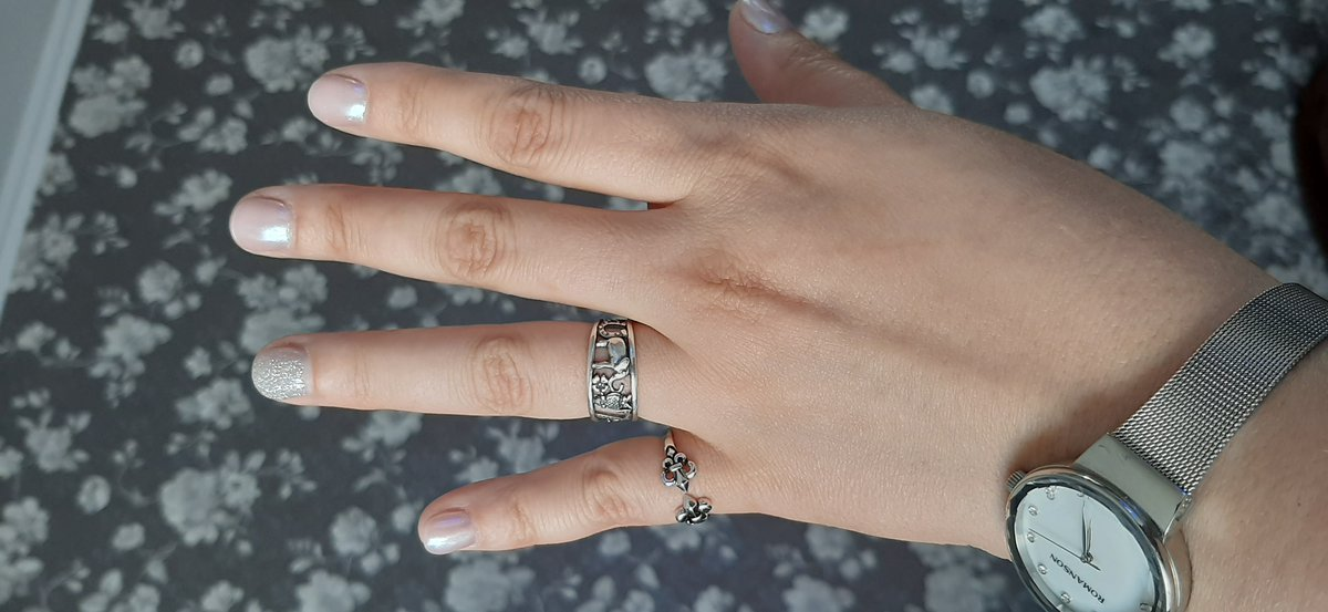 Серебряное кольцо Лилии