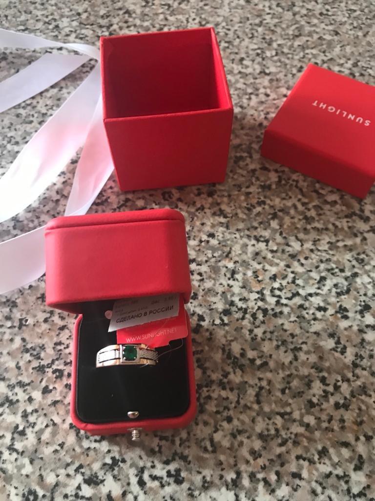 Кольцо отличное, подарок мужу, очень красиво богато смотриться
