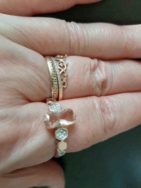 Кольцо серебряное с морганитом