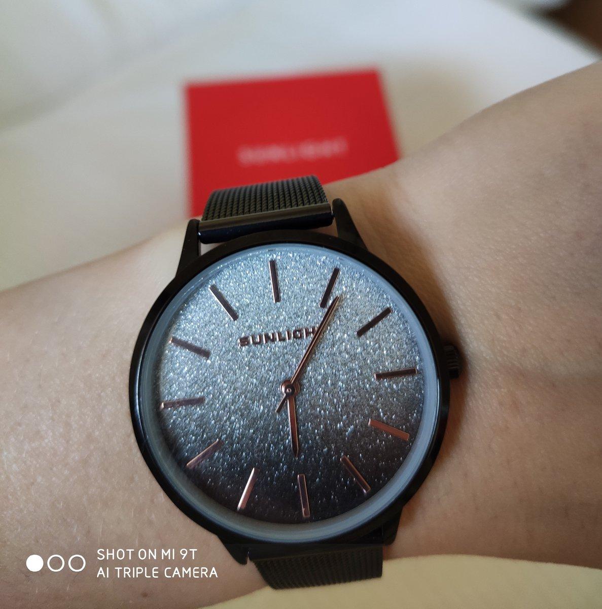 Супер- классные часы:)