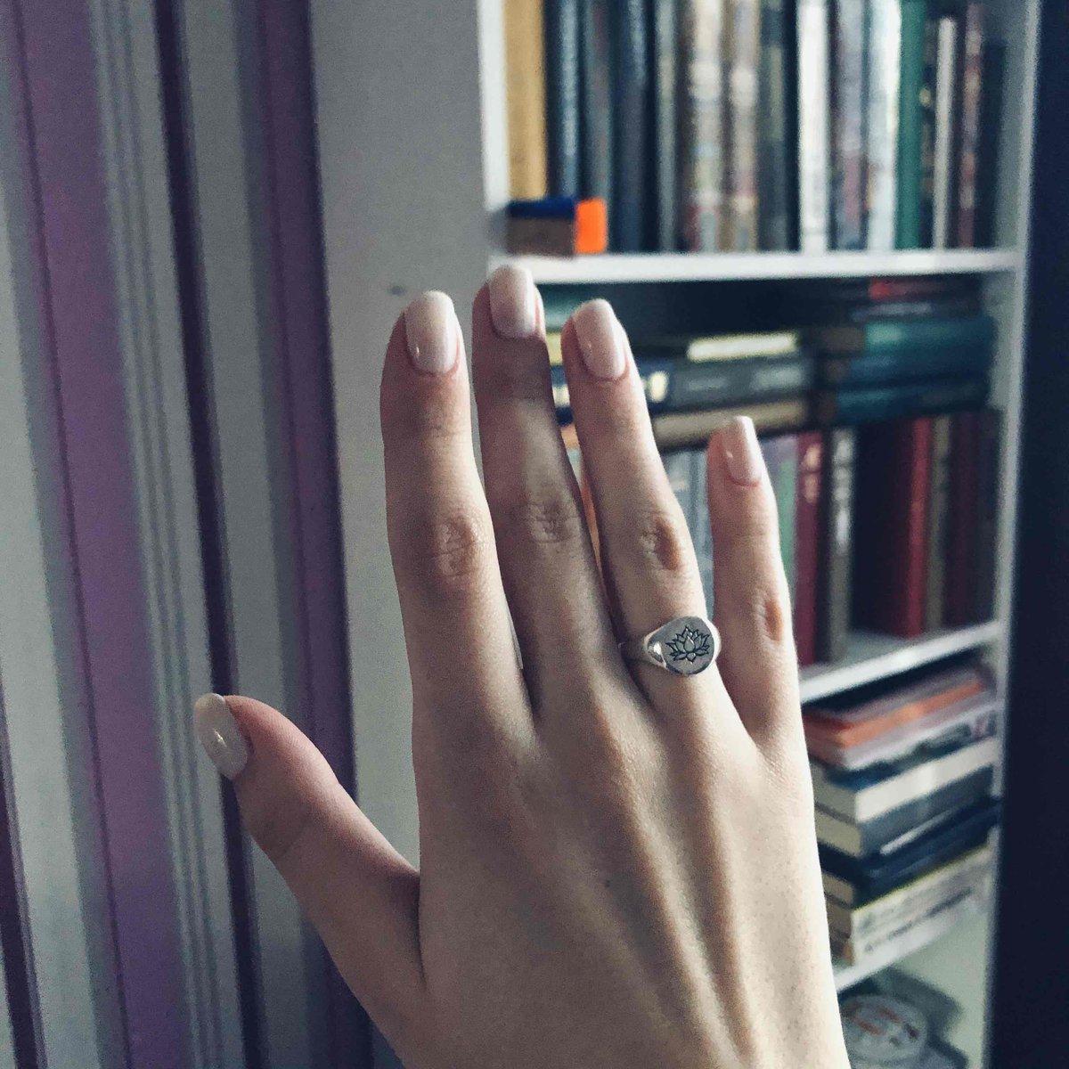 Кольцо Лотас