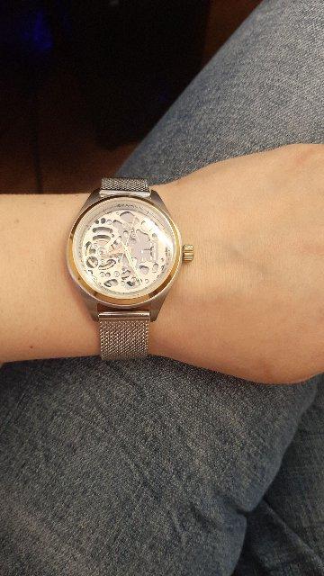 Скелетоны женские часы
