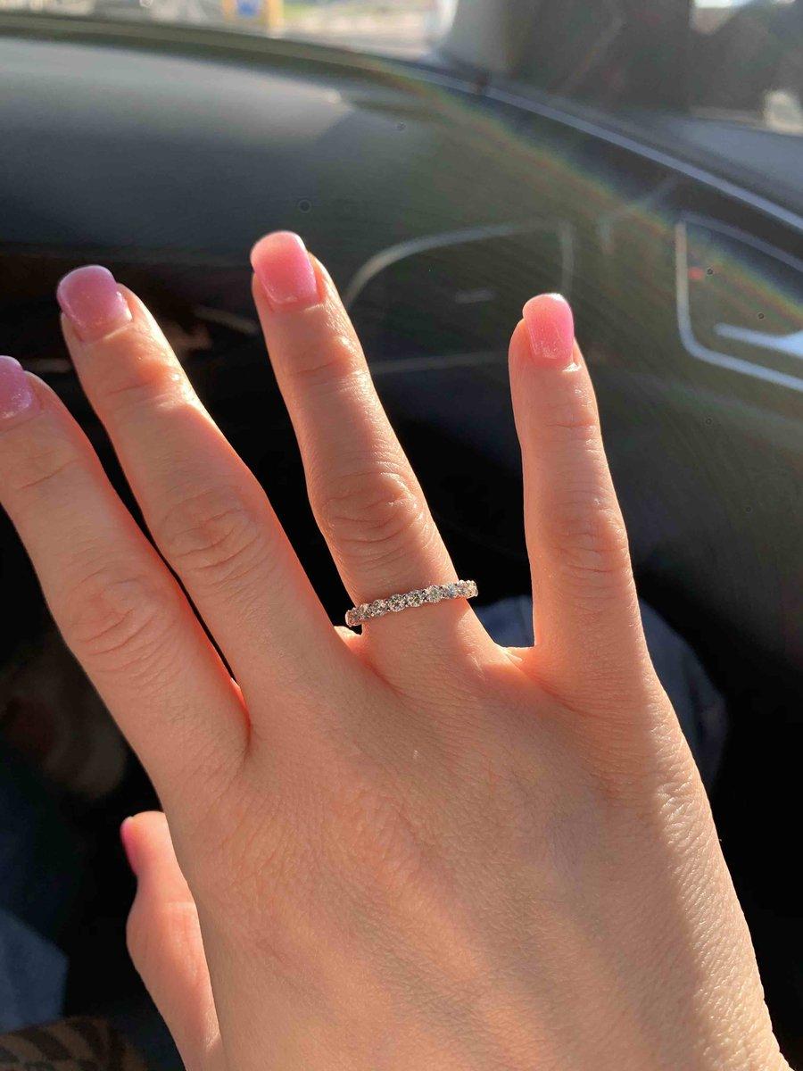 Была в поисках кольца три месяца .(Обручальное кольцо ) я в восторге