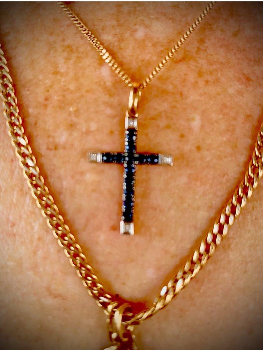 Сапфиры и бриллианты - чудесное сочетание.