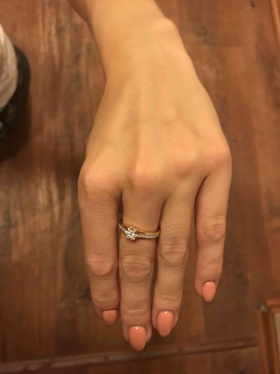 Кольцо с брильяном