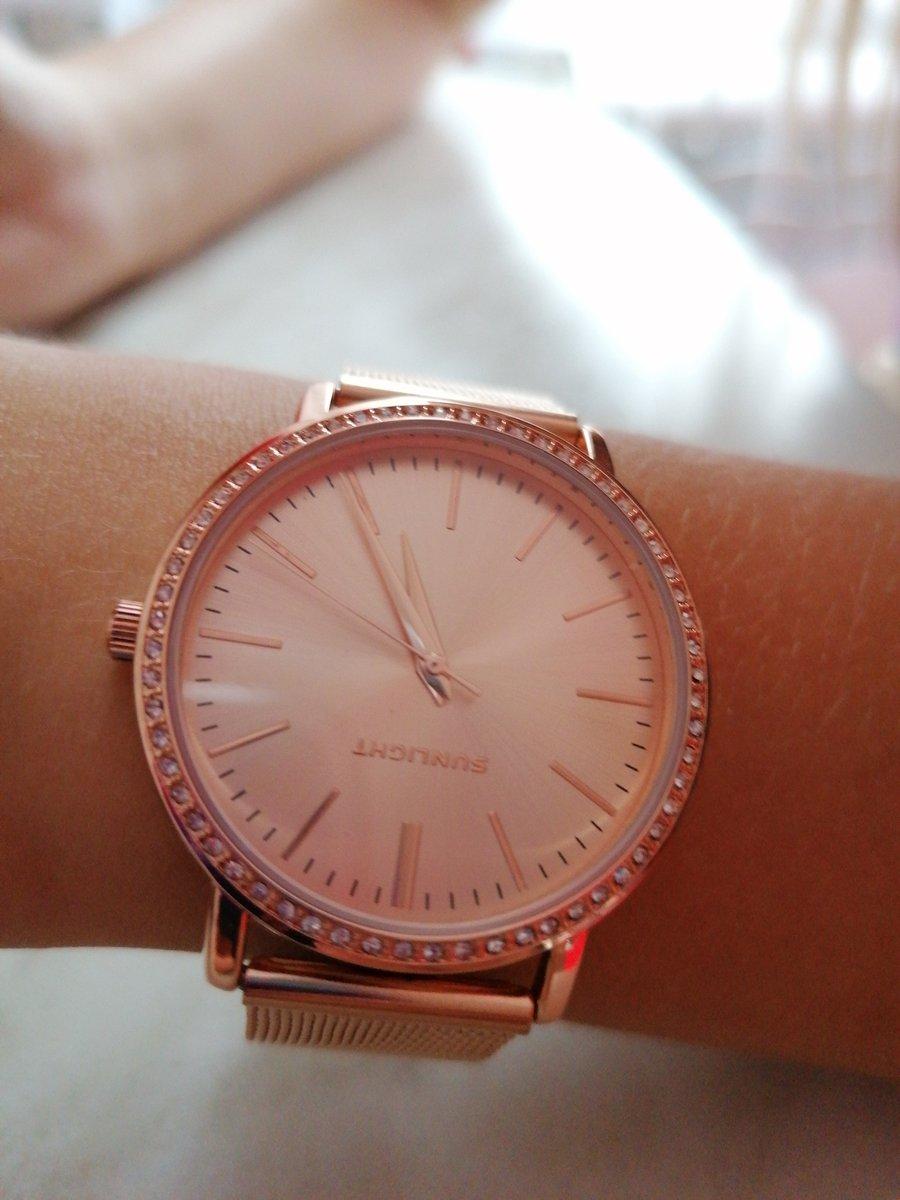 Часики в подарок