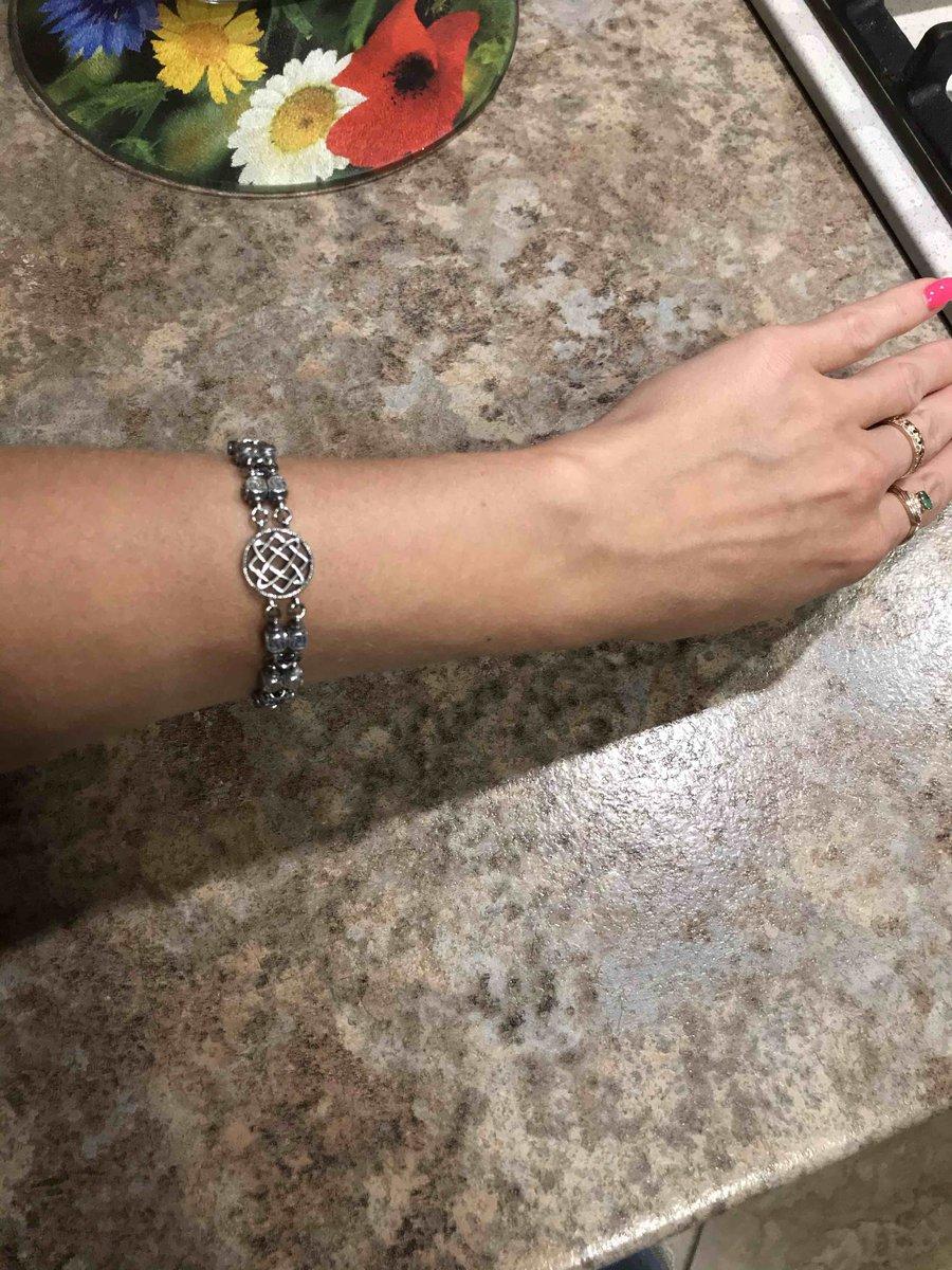 Отличный потрясающий оригинальный браслет!!!