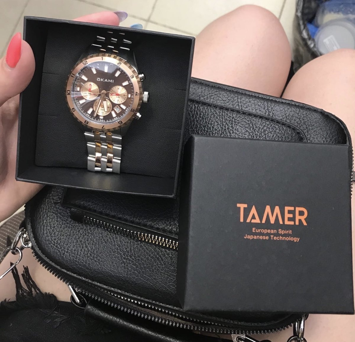 Заказывала часы в подарок молодому человку.
