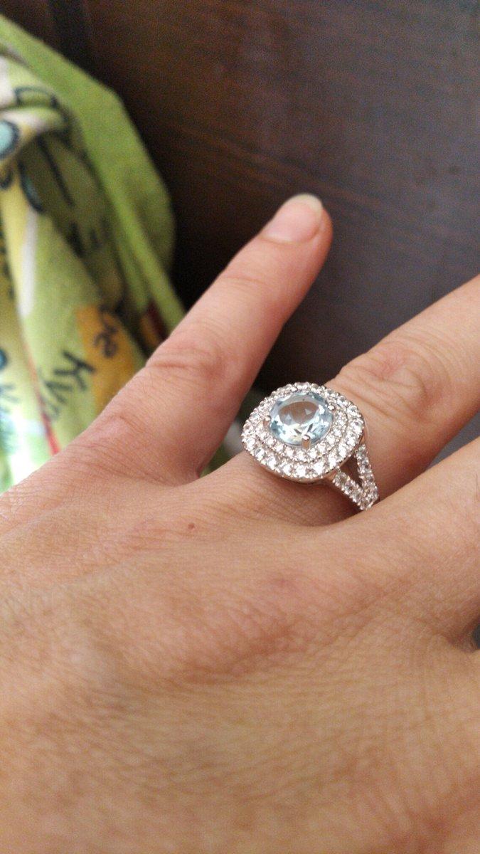Изящный серебряный перстень